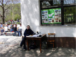 Information stand to inform visitors about the value of the park